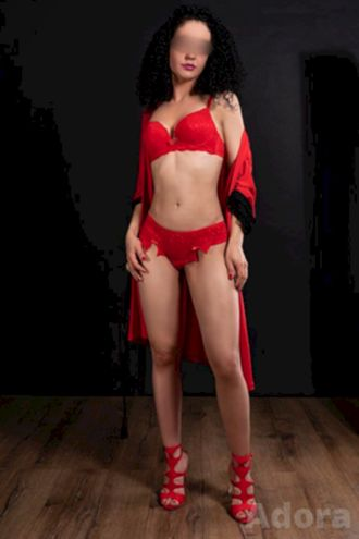 Female Escort and Call Girl Adora in the United States (Image 3)