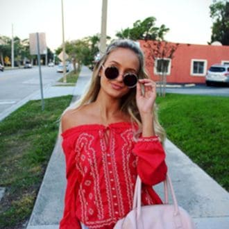 Female Escort and Call Girl Cezara in the United States (Image 3)