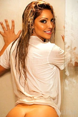 Female Escort and Call Girl Luisa in the United States (Image 3)