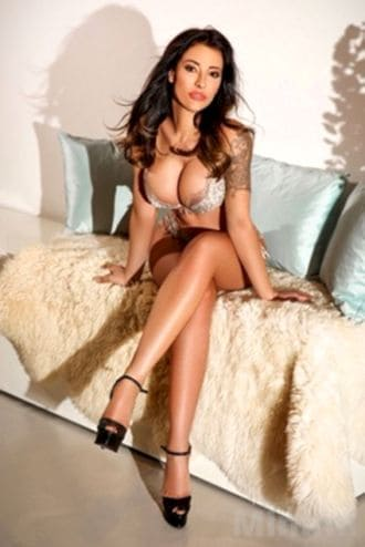 Female Escort and Call Girl Mimmi in the United States (Image 1)