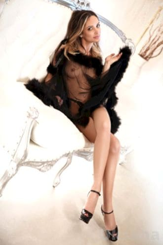 Female Escort and Call Girl Oksana in the United States (Image 1)