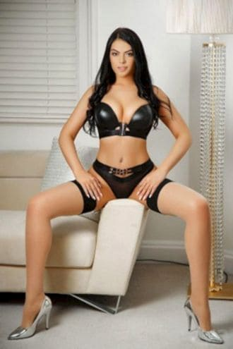 Female Escort and Call Girl Pava in the United States (Image 1)