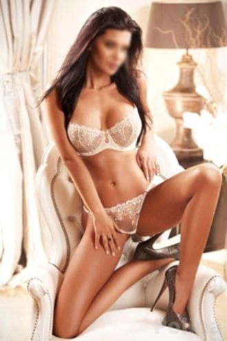 Female Escort and Call Girl Polina in the United States (Image 3)
